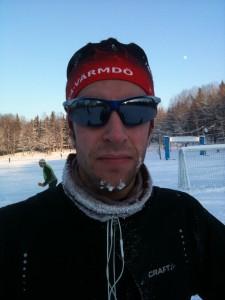 Andreas på skidor